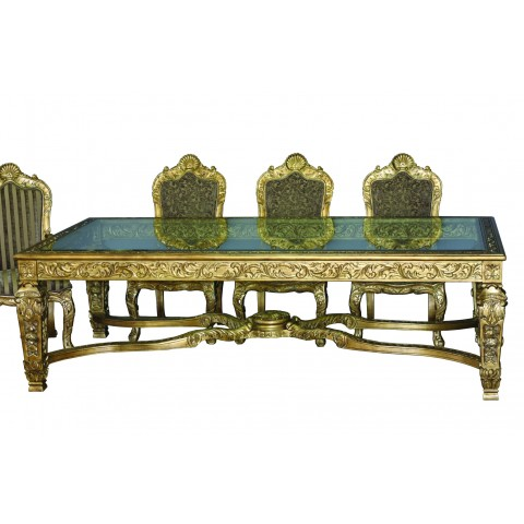 DREAM DINING TABLE